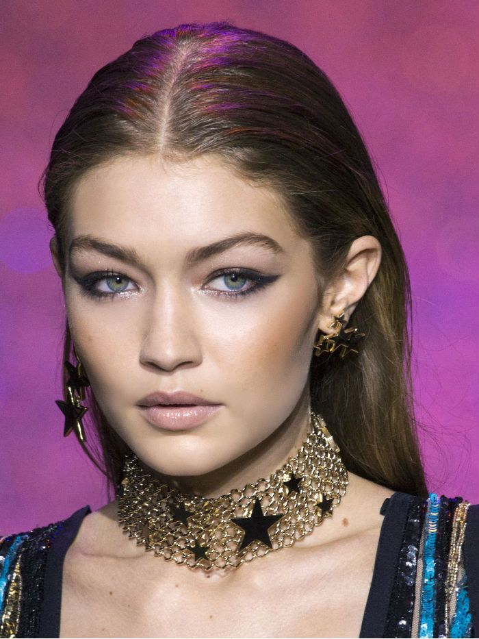 The Surprising New Eye Makeup Trend We Love Glittery Eyes Eye Makeup Glittery Eye Makeup