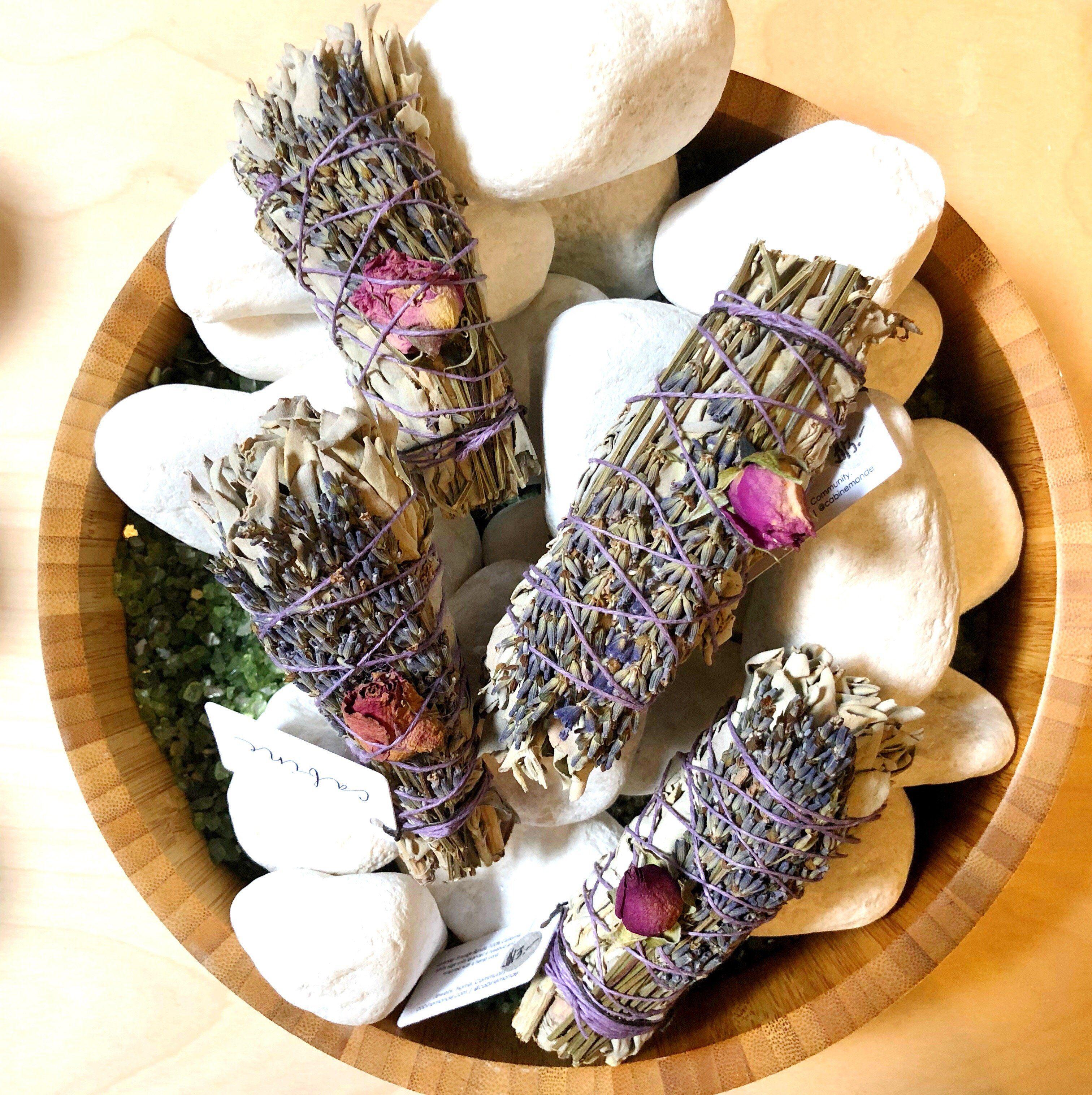 how to make sage and lavender bundles