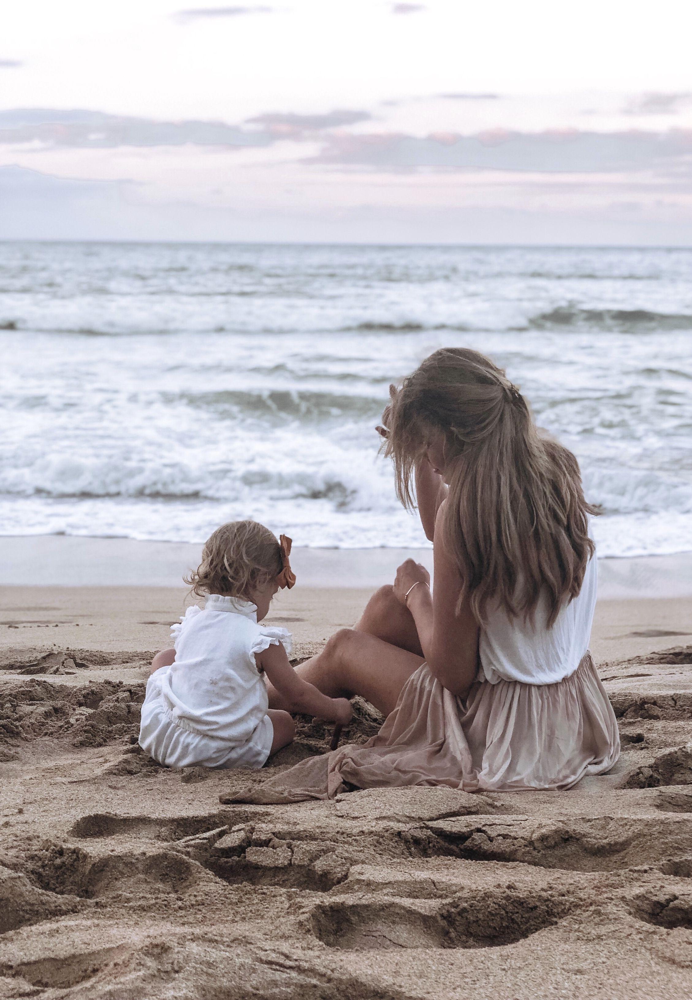 #motherhood #beach #babyphotography #familyphotography #hawaii #maui #mauiphotography #motherdaughte...