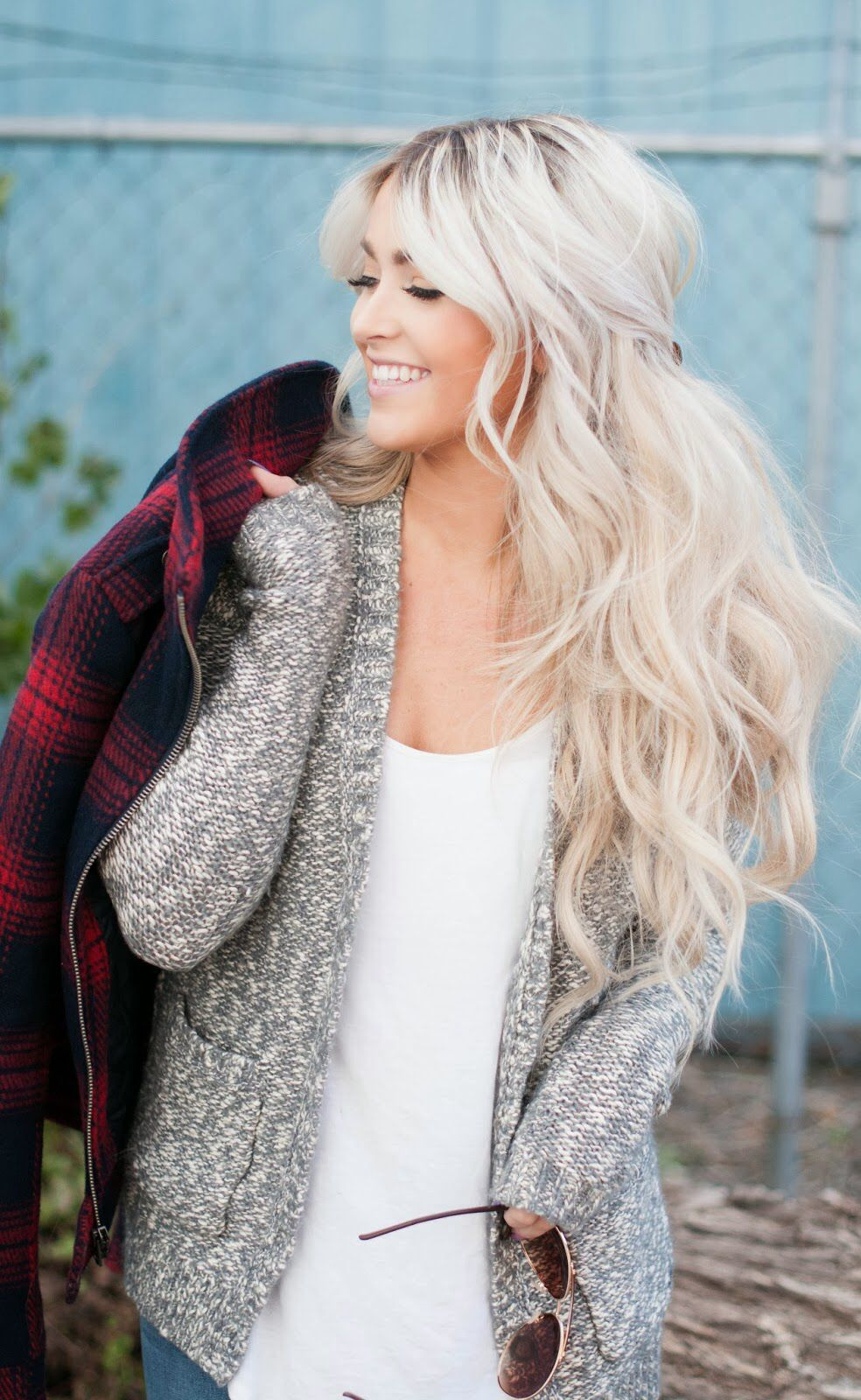 Homecoming hairstyles that are perfect for long hair hair