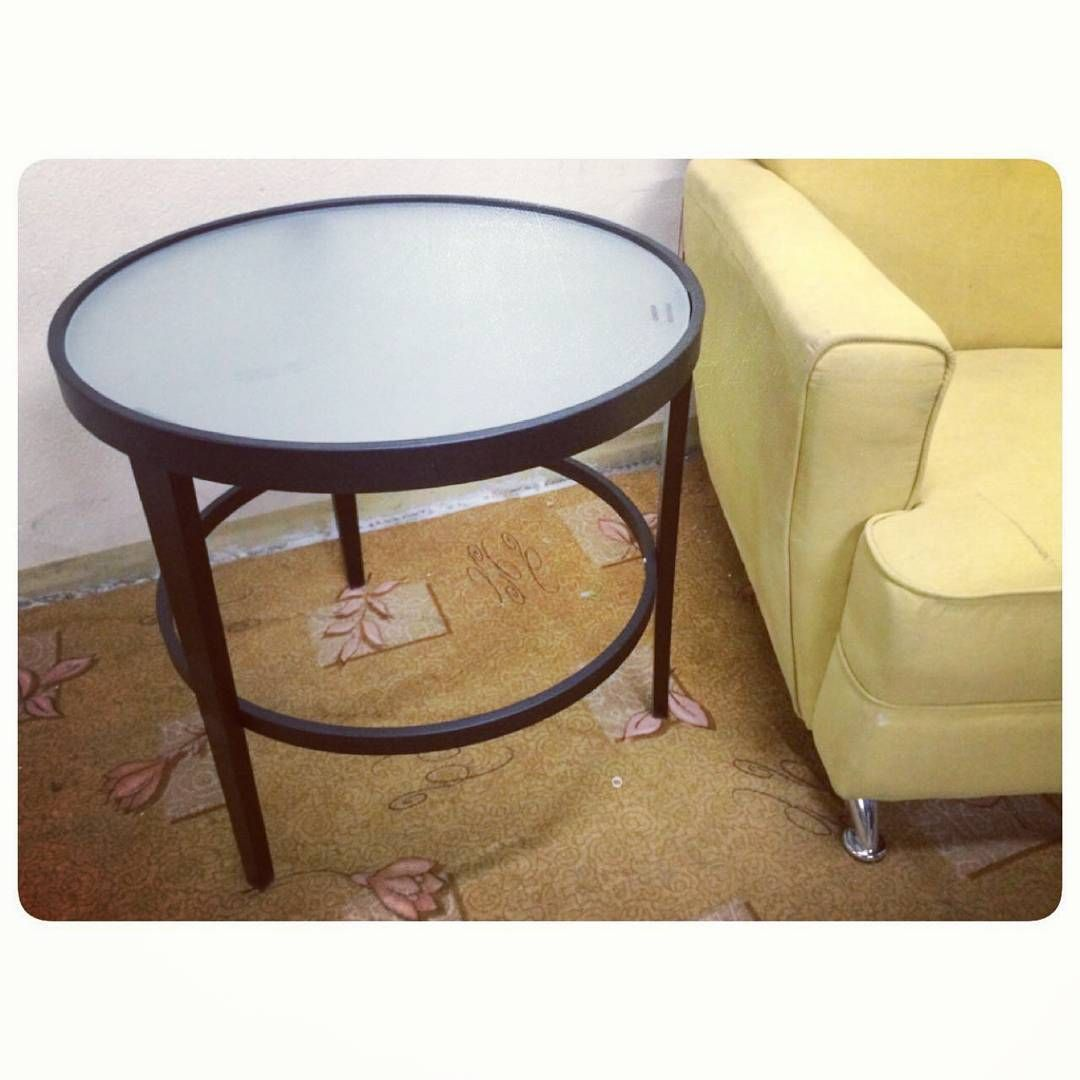 For Sale Round Side Steel Table Top Glass New 18 Bd للبيع طاولة جانبية على شكل دائرة من اعلى زجاج جديد السعر 18 Bd Coffee Table Home Decor Furniture