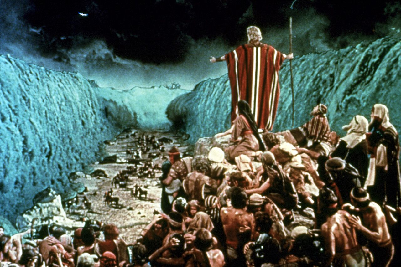 How Did Moses Part the Red Sea?   The bible movie, Parting the red ...