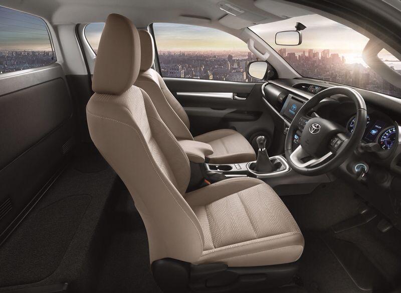 Toyota Hilux Revo 2015 SmartCab
