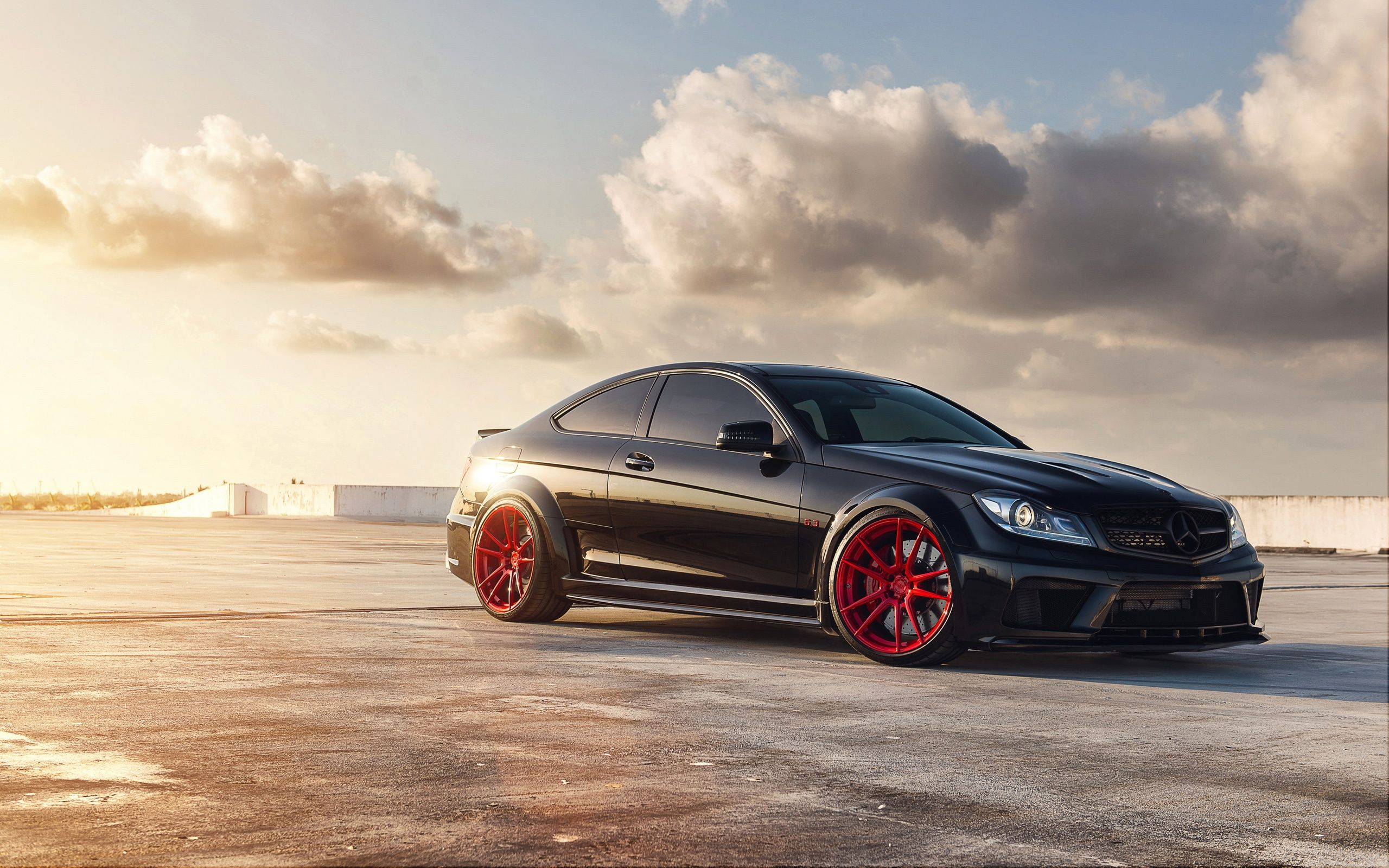 Mercedes Benz C63 Amg Exclusive Wallpapers Hd Wallpapers