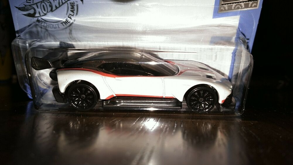 Hot Wheels 2020 Factory Fresh 6 10 Aston Martin Vulcan White Hotwheels Astonmartin Aston Martin Vulcan Hot Wheels Aston Martin