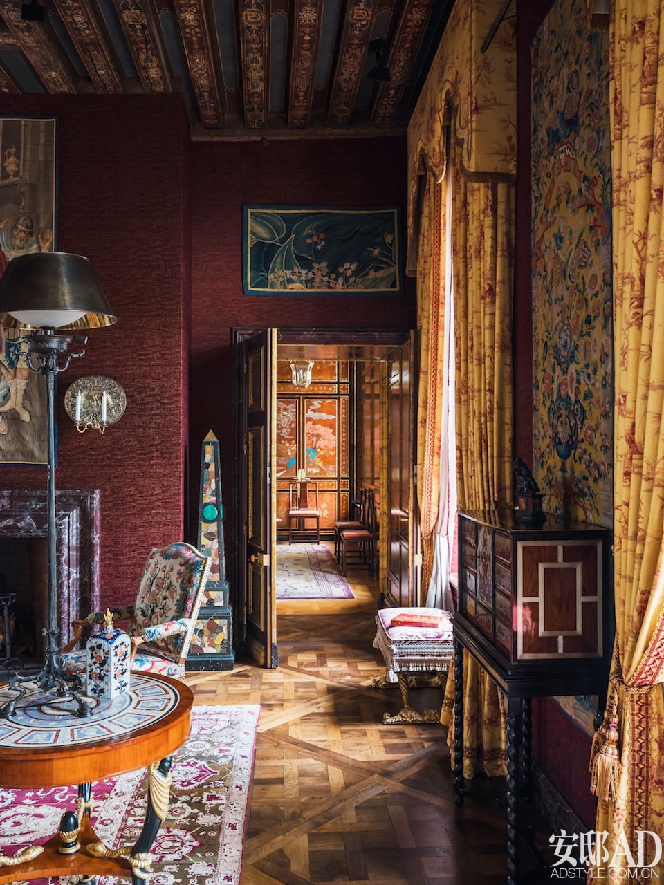 Luxury Showcase For Living Room Royal Art Deco: American Chilean Designer Juan Pablo Molyneux Created A