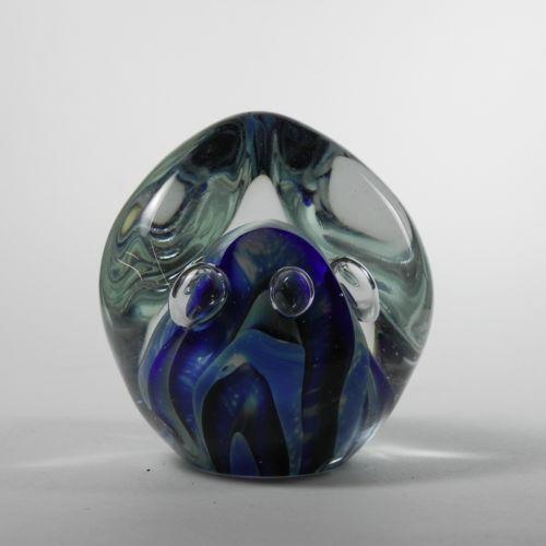 Robert Eickholt Glass Paperweight | Robert Eickholt Signed Art Glass Pyramidal Paperweight 1994 Bubbles ...