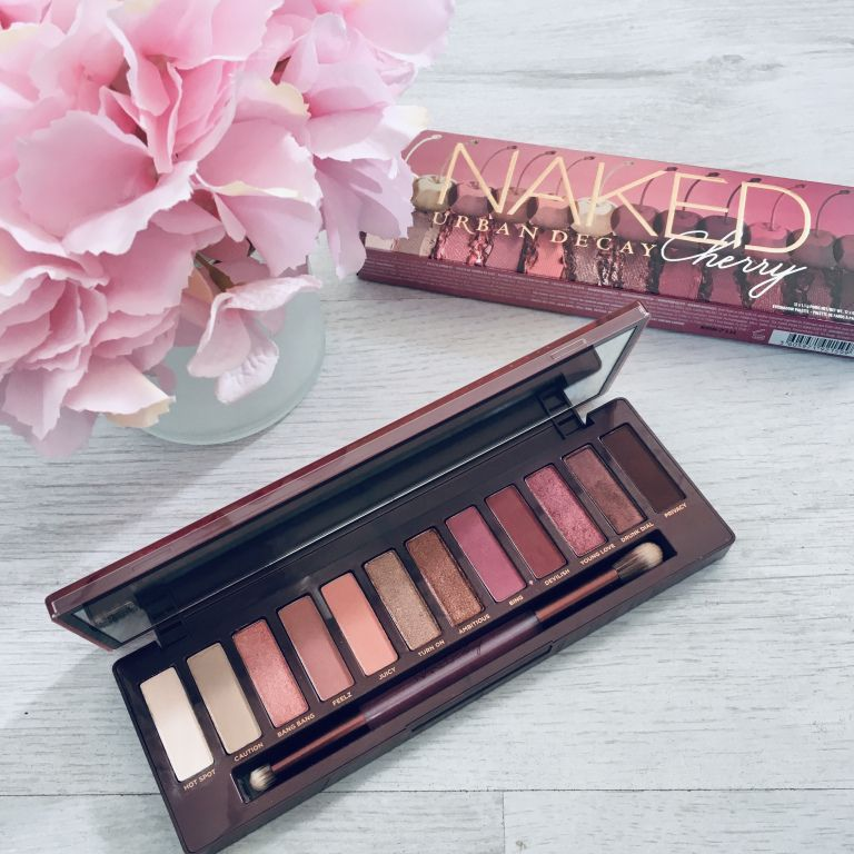 Review + Swatches: Urban Decay Naked Cherry Eyeshadow
