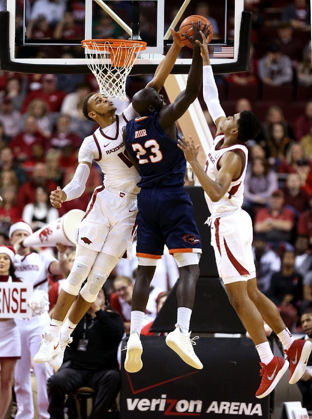 best service b4d3f 4cf17 WholeHogSports - Arkansas vs UTSA Men s Basketball