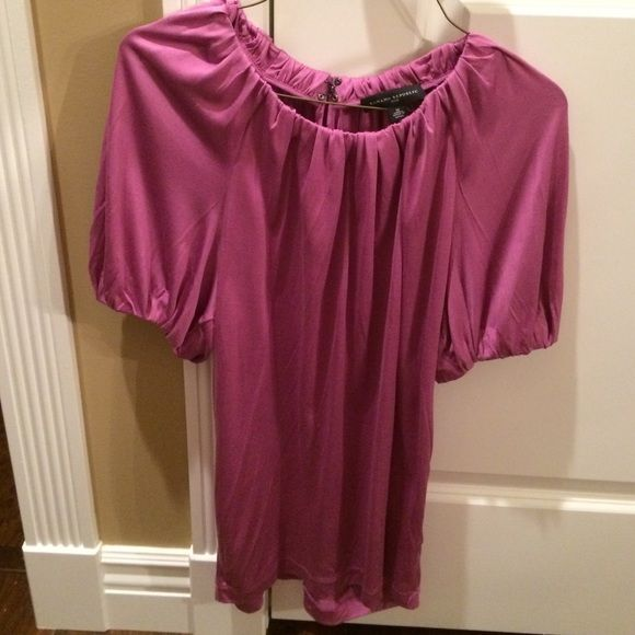 Purple Banana Republic Top Purple Silk Banana Republic Top. Clasp back, with bit of opening. Great Condition. Size Medium. Banana Republic Tops