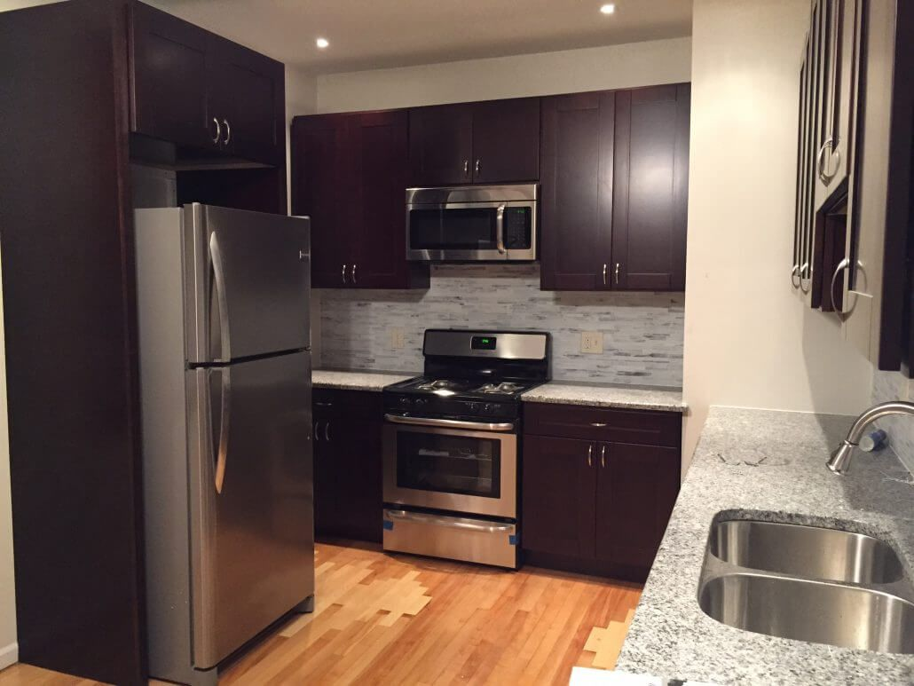 Chicago Kitchen Cabinets Premium Cabinets Kitchen Cabinets Chicago Premium Cabinets Cabinetstoceil In 2020 Cabinets To Go Cabinets To Ceiling Kitchen Cabinets