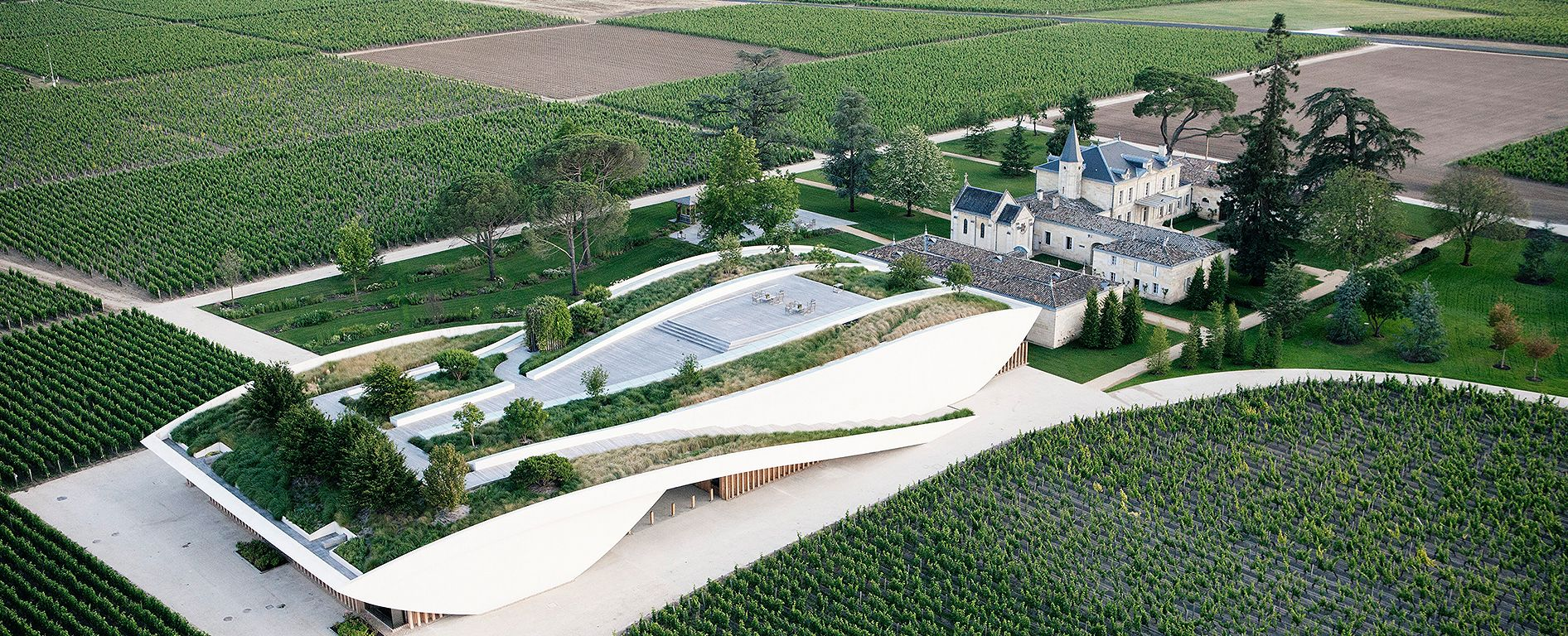 Cheval Blanc 1947 One Of The Greatest Bordeaux Of All Time Architecture Bordeaux France Bordeaux