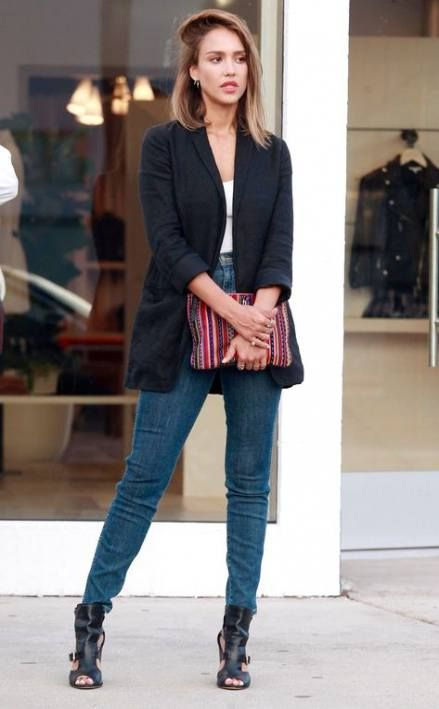 How To Wear Sandals With Jeans Jessica Alba 41 Super Ideas