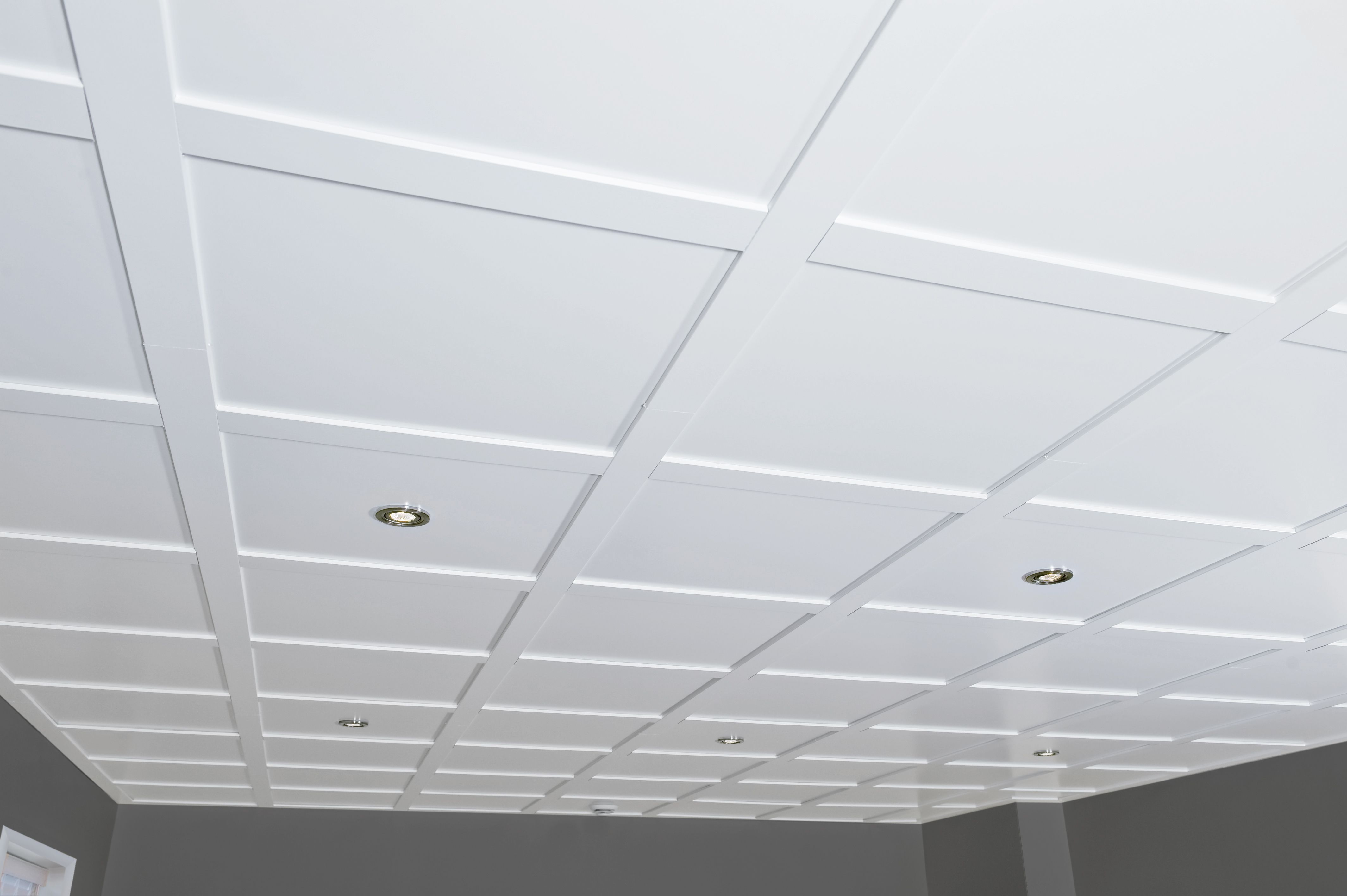 Plafond Embassy Blanc Plafond White Embassy Suspended Ceiling Ceiling Basement Ceiling Basement Renovations Suspended Ceiling Tiles