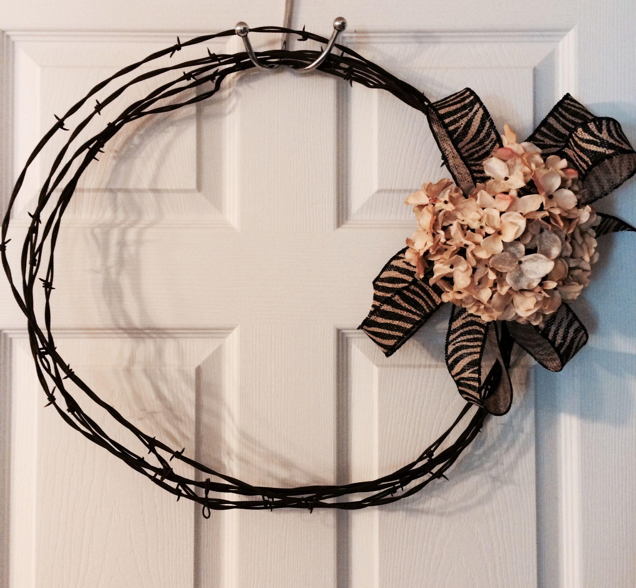 Barbwire wreath | Wreath | Pinterest | Wreaths