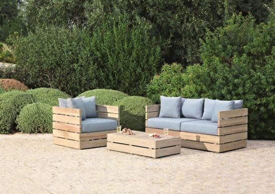table d\'extérieur en palettes de bois   Idées meubles jardin ...