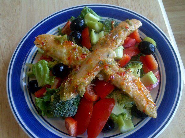 Baked chili chicken salad