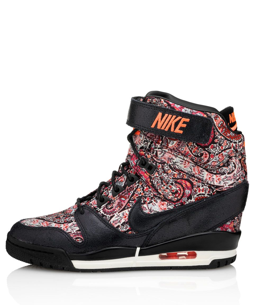 Nike X Liberty Black Bourton Liberty Print Air Revolution