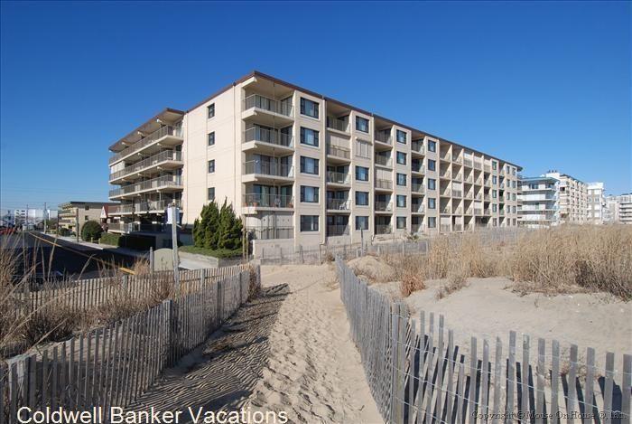 Diamond Beach 113 Http Www Cbvacations Com Vacationrentals Propertydetails Aspx Id 2330113 Type A Nyrtype A Diamond Beach Vacation Offers Ocean City