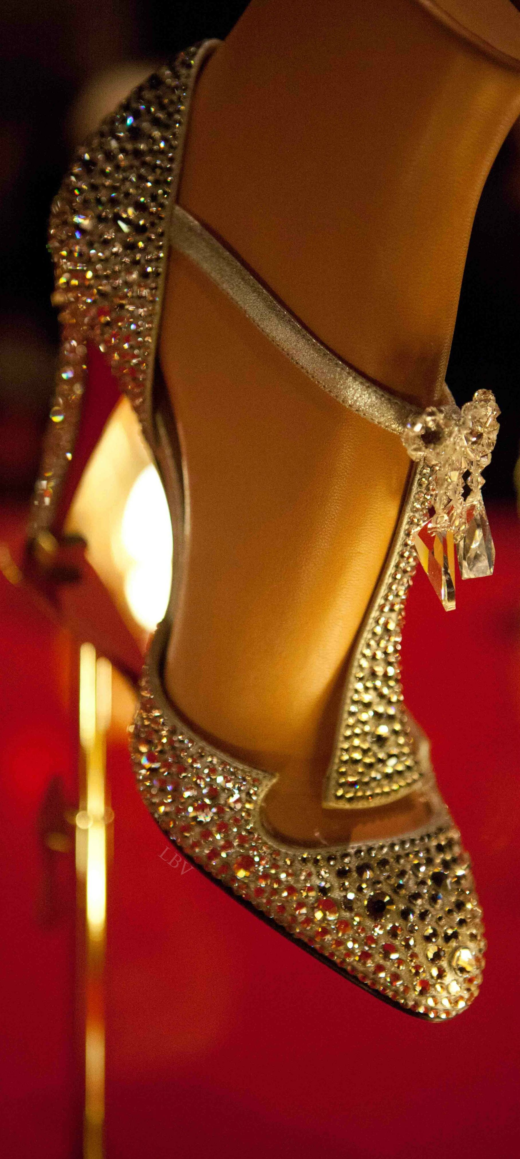 Great Gatsby style Louboutin   LBV ♥✤ www.SocietyOfWomenWhoLoveShoes.org https://www.facebook.com/SWWLS.Dallas Instagram @SocietyOfWomenWhoLoveShoes Twitter @ThePowerOfShoes