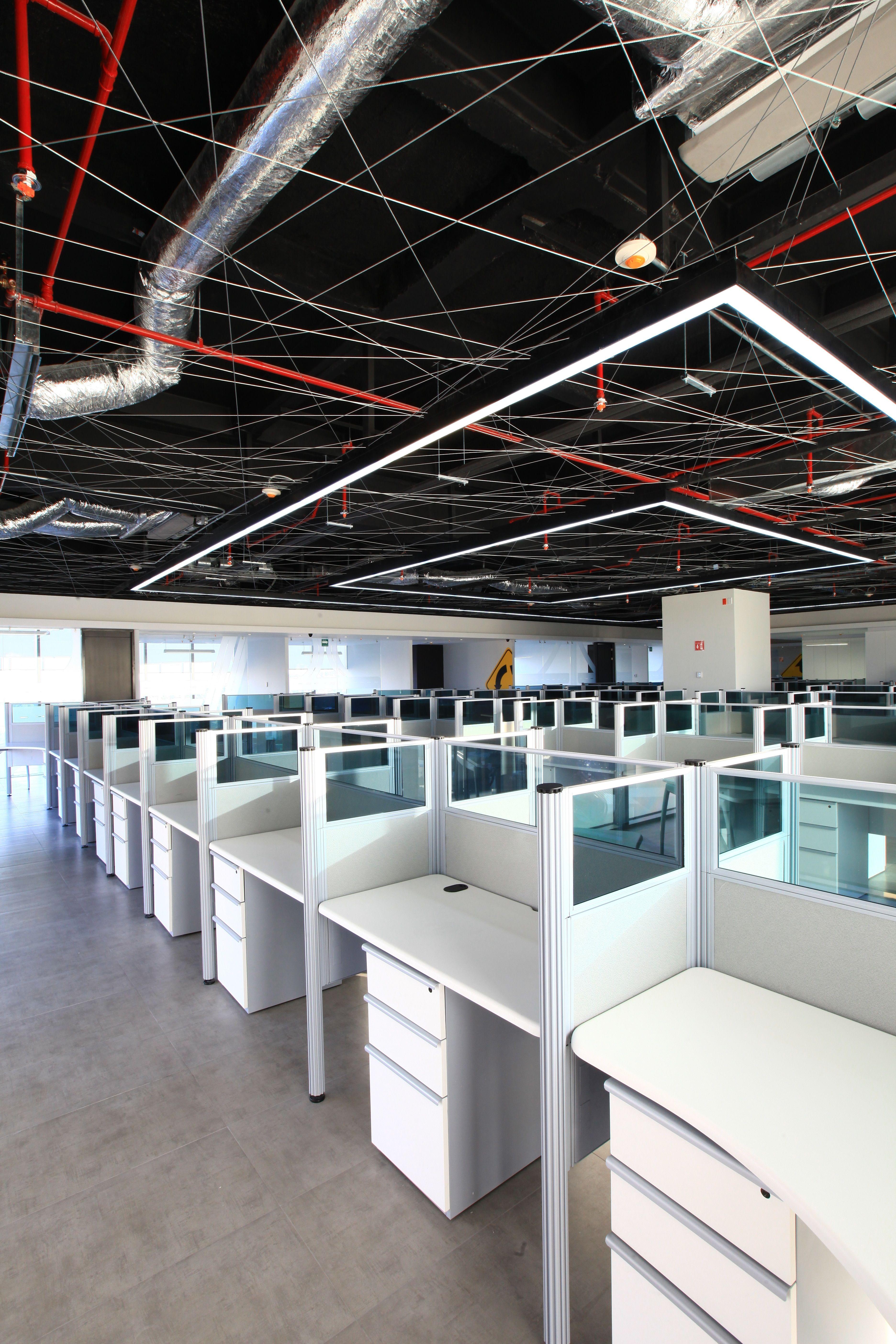 Oficinas corporativas in out arquitectura i d for Diseno oficinas modernas bogota
