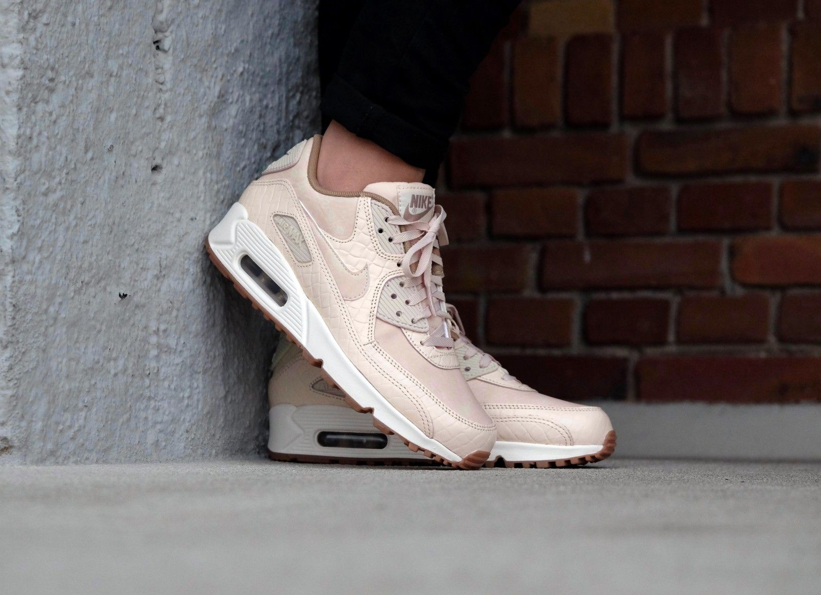 ladies shoes nike wmns air max 90 premoatmeal / oatmeal sail khaki