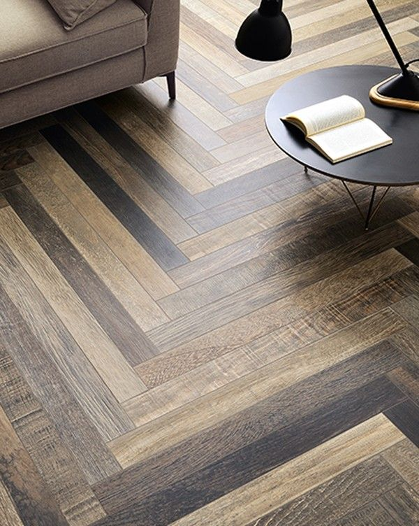 Price Per Sf 5 50 Sf Per Box 10 41 Collection Name And Color Parq Made In Italy Finish Matte Us Wood Floor Design Rustic Tile Floor Herringbone Wood Floor