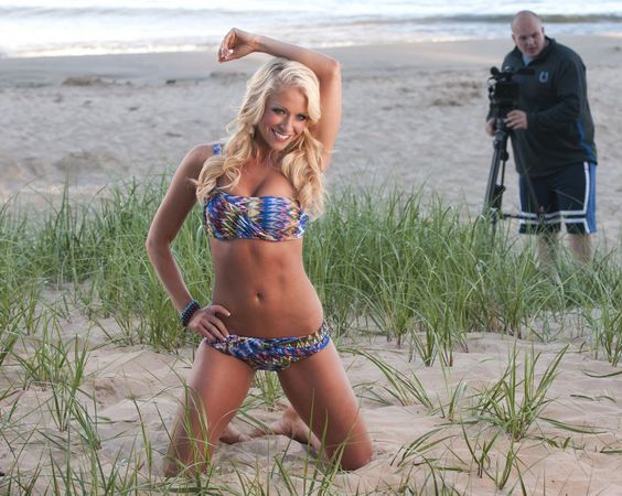 Indianapolis Colts Cheerleaders: See photo shoot on location in Saugatuck for 2014 calendar | MLive.com