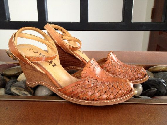 608b44fd6a4b 80s Huarache Leather Sandals Wedge Nine West Brazil