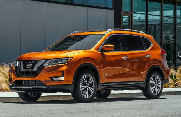 If You Choose The Hybrid Nissan Rogue It Uses A 2 0 Liter Engine And Electric Motor For A Combined Output Of 176 Horses Nissan Rogue Hybrid Car Nissan