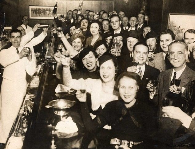 Image result for 1920s prohibition speakeasies