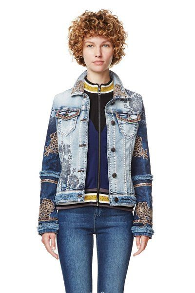 3ac0aafdd3ae Chaqueta Blondi Blues Desigual. Descubre la colección otoño-invierno 2017.  ¡Devoluciones y envío a tienda gratis!