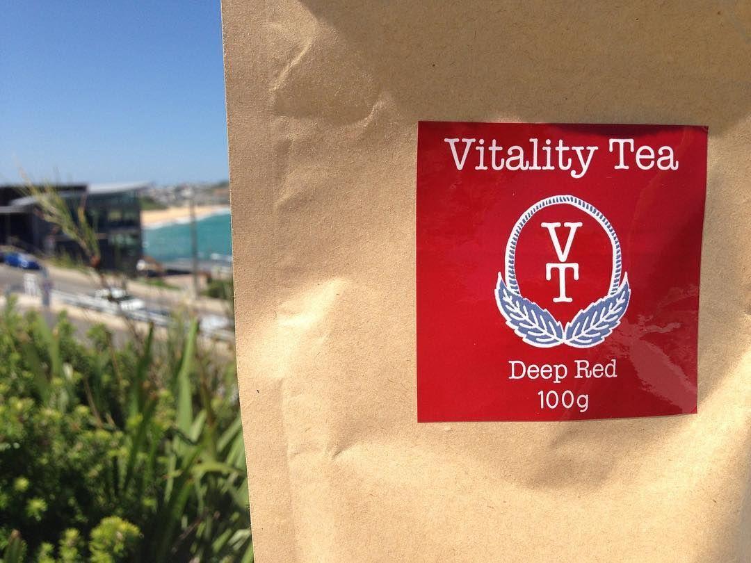 Red/black tea Deep Red 100 natural loose leaf tea
