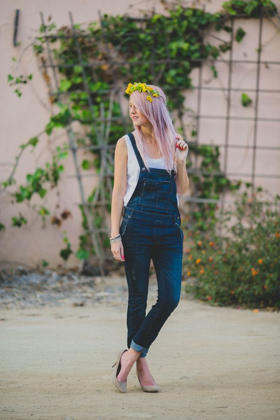 I want to find overalls like this