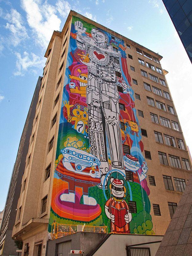Obra de arte de Rui Amaral, na Av. Paulista, 568