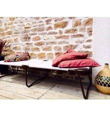 lit de camp militaire vintage mobiliers le beau est mien pinterest camp militaire lit de. Black Bedroom Furniture Sets. Home Design Ideas