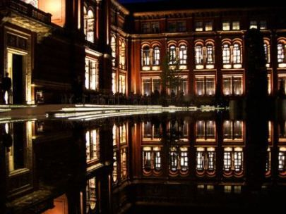 The V & A's walled gardens at night