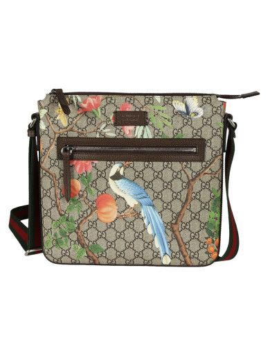 b3f8bcf61315 GUCCI Tian Gg Supreme Messenger Bag in Beige | 마카쥬 | Gucci, Bags ...