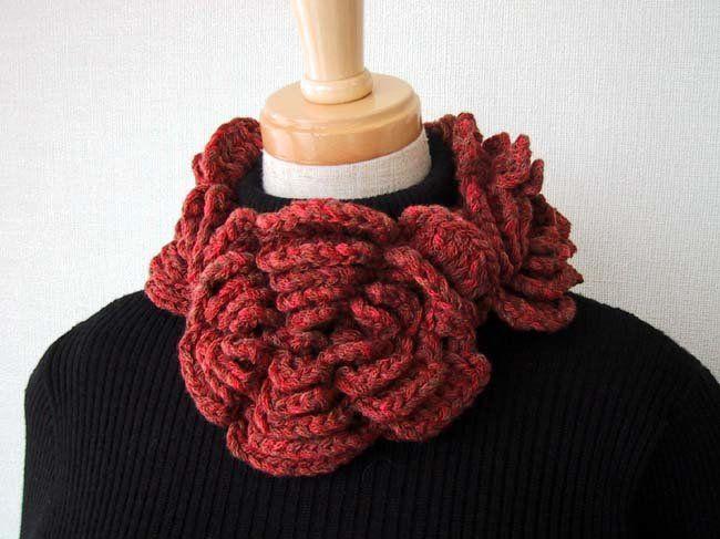 Un Poquito de Todo: patron cuello de flores a crochet   crochet ...