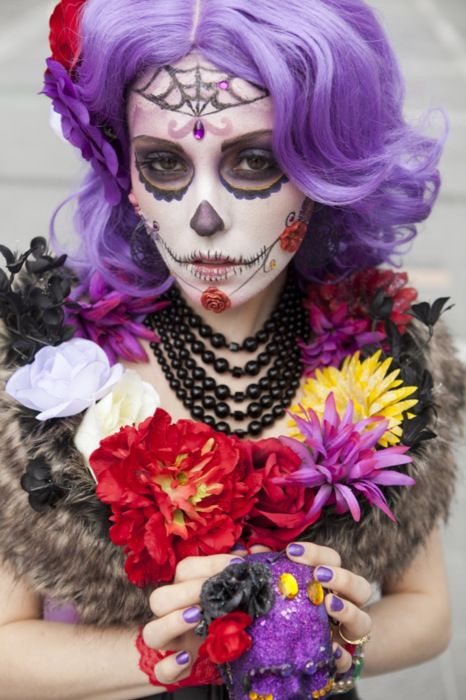 Lovely hair in combination with great sugar skull make-up