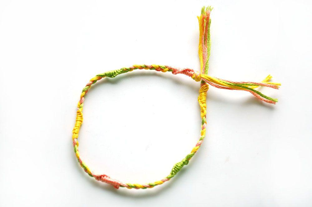 """wikiHow to Make a """"Twister"""" Friendship Bracelet -- via wikiHow.com"""