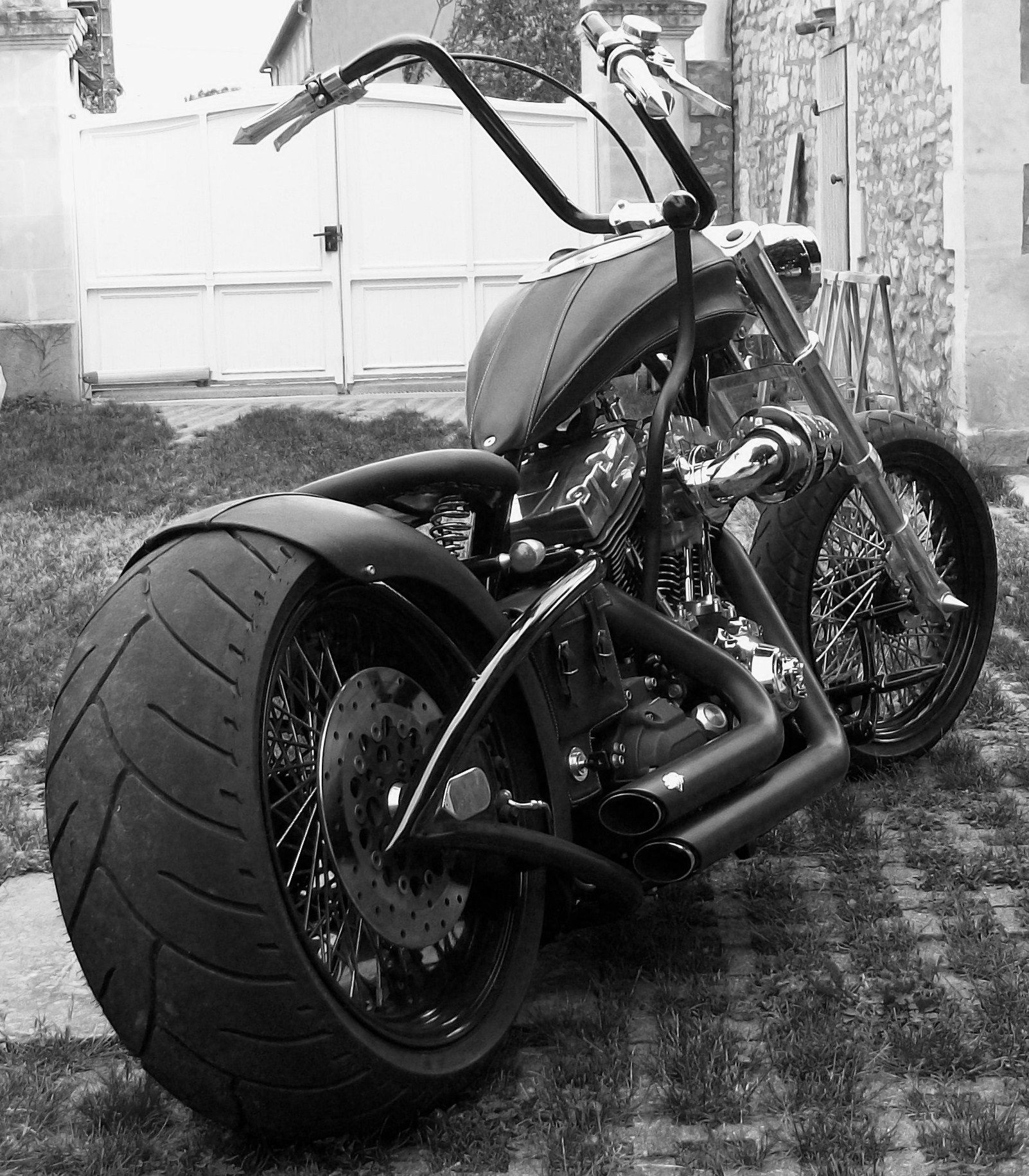 annonce moto custom harley davidson 1600 show bike occasion mike 39 s harleys only anything h d. Black Bedroom Furniture Sets. Home Design Ideas