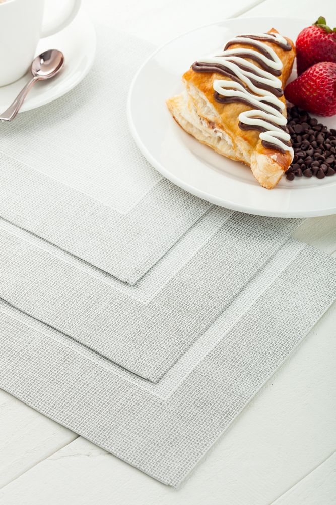 These 16 X 16 Luxenap Air Laid High Quality Disposable Napkins Will Be Sent To You In A 25 Count Box They Have An Abs Linen Feel Napkins Napkins Paper Napkins