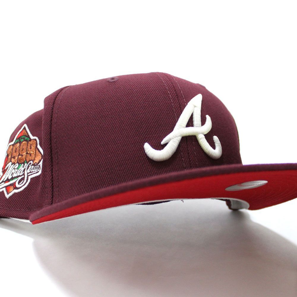 Atlantabraves 1999 World Series 59fifty Fitted Neweracap In Glow In The Dark Logo Maroon Redunderbrim Ecapcity In 2021 Fitted Hats New Era Cap New Era