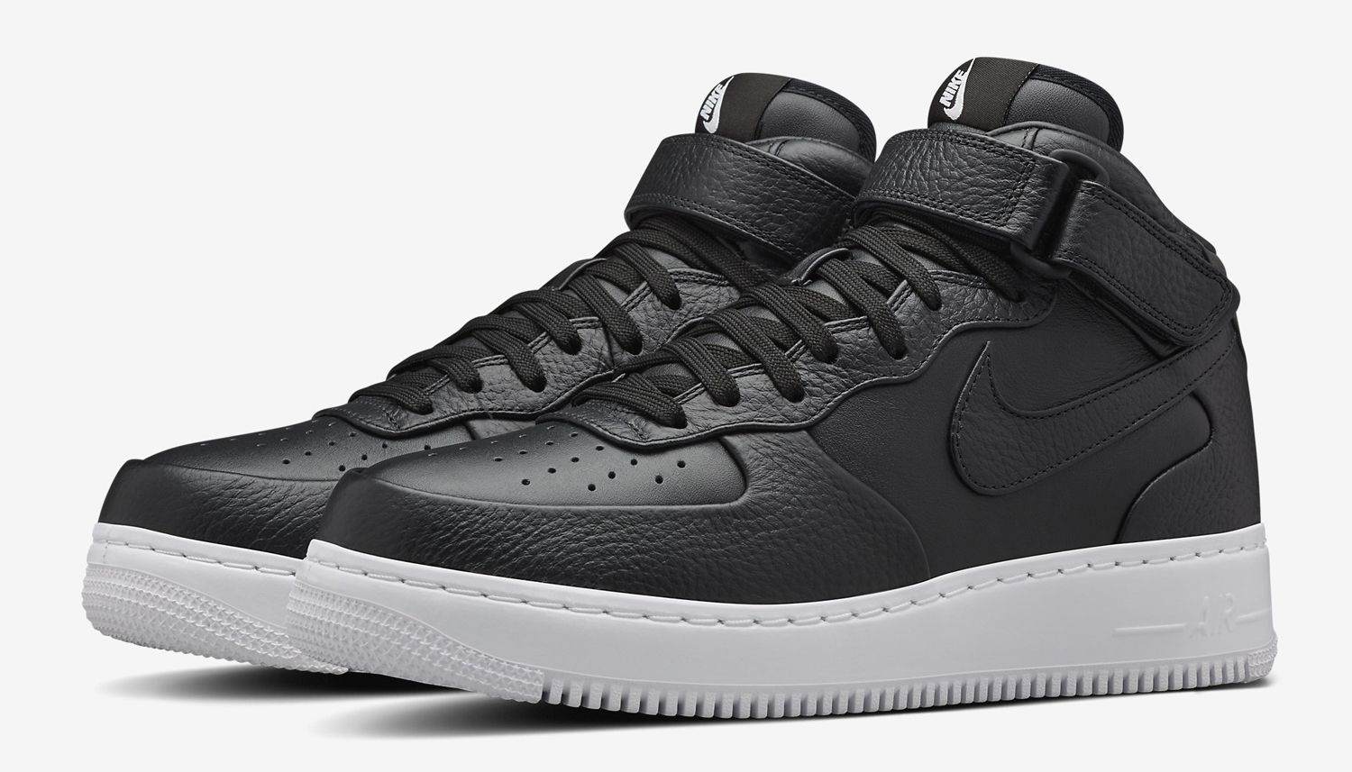 Official Look At The Nike Air Force 1 High Canvas Triple