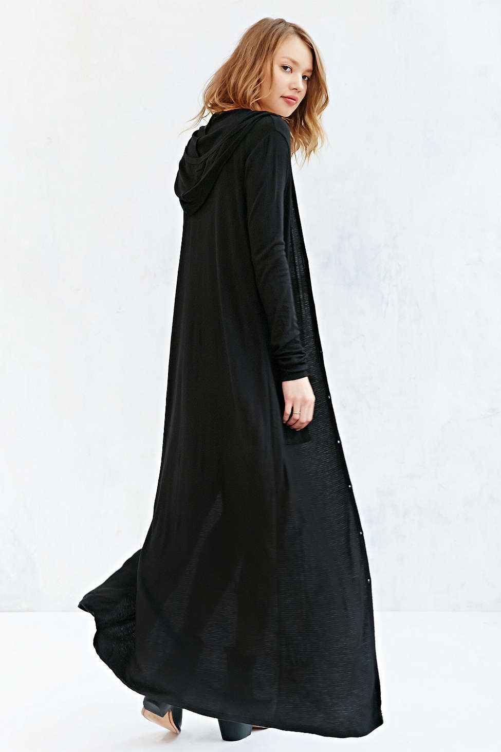 Ecote Easy Hooded Maxi Cardigan | Maxi cardigan, Urban outfitters ...