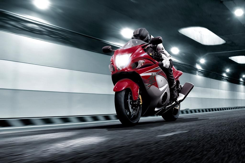 Happy #TwoWheelTuesday from the ultimate sportbike! #Hayabusa