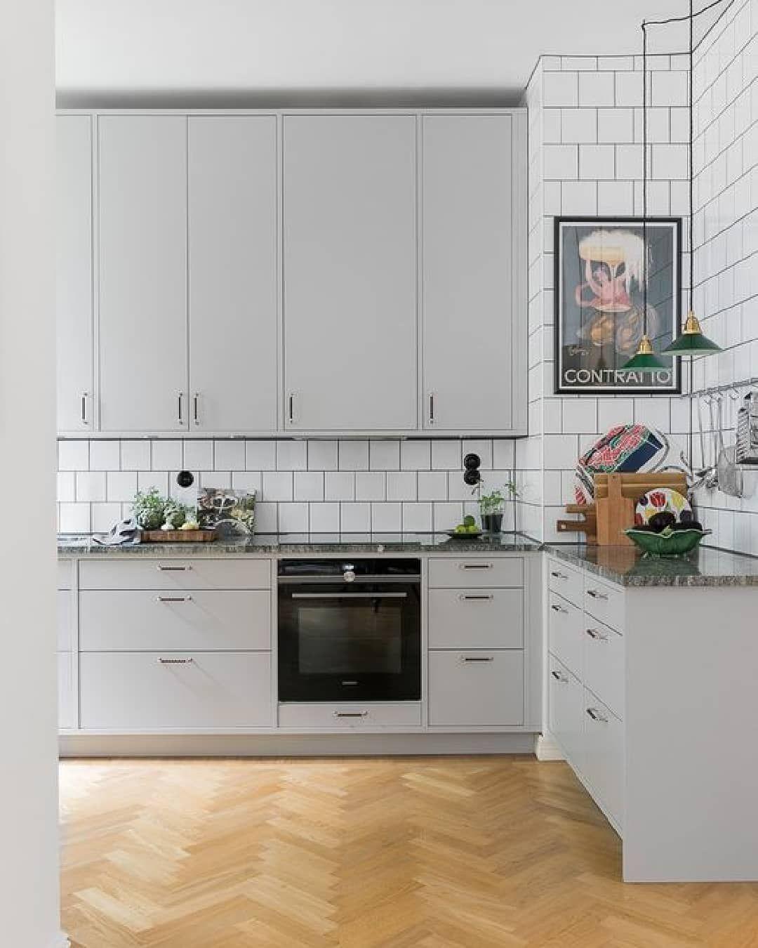 50 Off Batch Bathroom Kitchen Stone Benchtops Batch Offers High Value Low Effort Home Renovations Where You Can O Koksdesign Inreda Kok Koksrenovering