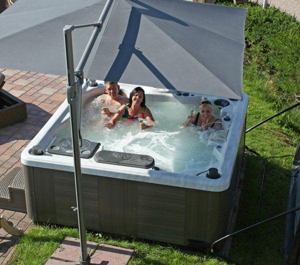 whirlpool im garten zu dritt dusche open air Pinterest Jacuzzi