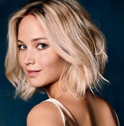 Jennifer Lawrence 2016 Medium Wavy Haircuts | Lobs and ...